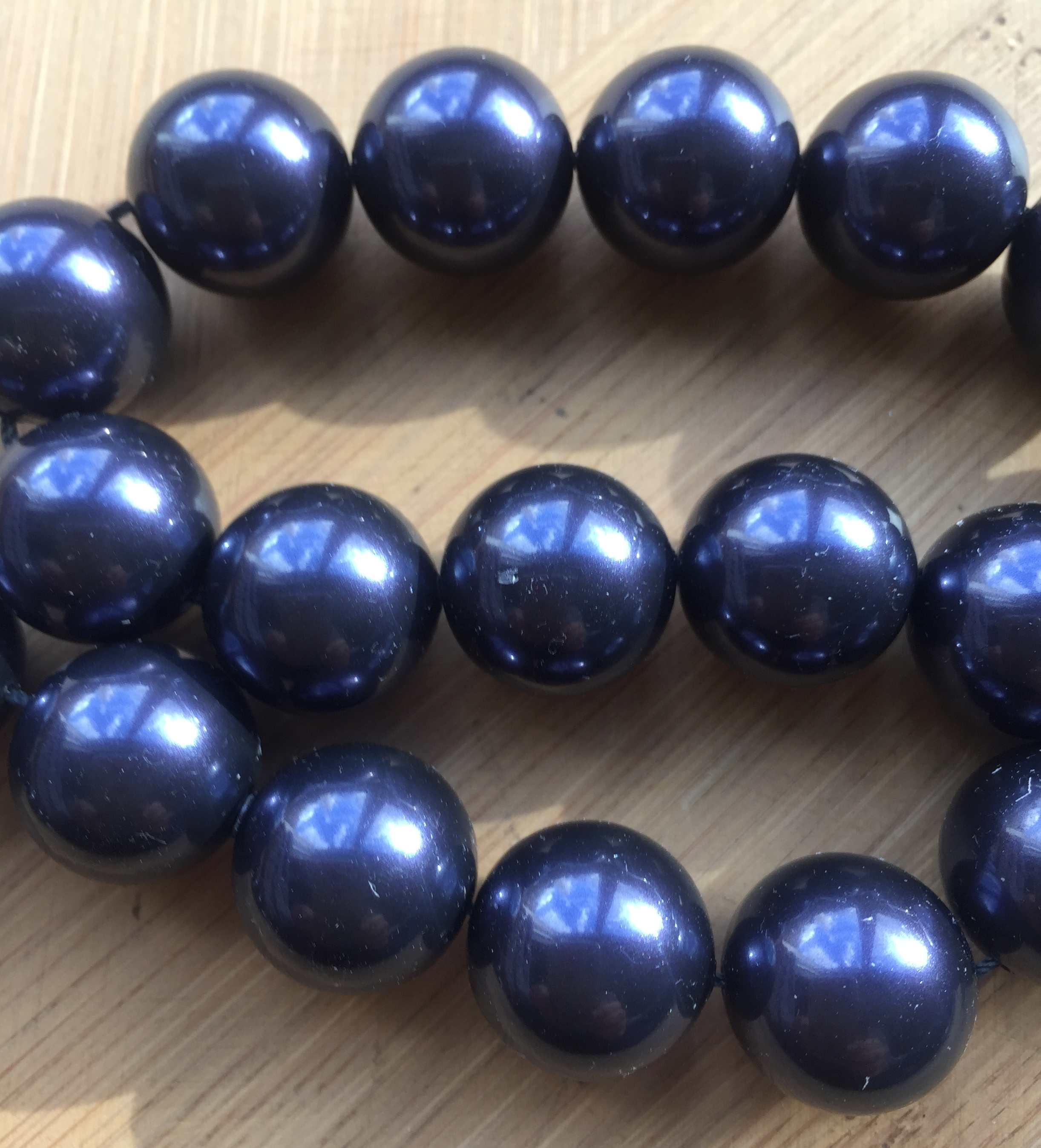 5811 - Crystal Pearls - Dark Purple - 16mm